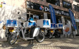 Domino's Pizza in sella con Cooltra