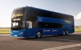 Plaxton rinsalda il legame con Megabus