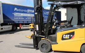 Plebania Trasporti con CAT Lift Trucks