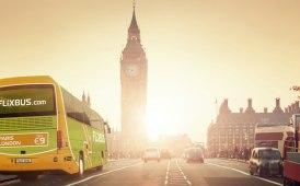 Fuori Italia FlixBus corre: potenziato Regno Unito, sbarco nei Paesi Baltici