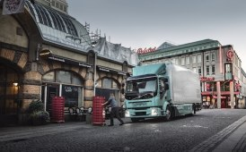 Volvo allarga l'offerta elettrica