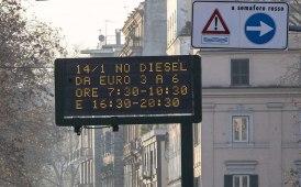 """Stop alla circolazione dei diesel a Roma, per ANIASA """"una scelta dannosa"""""""
