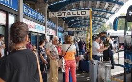 Caos terminal bus di Roma: in campo l'ipotesi dello sdoppiamento