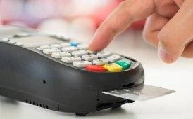 Noleggio: anche carte di debito per Hertz
