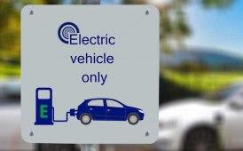 Mobilità elettrica 'chiave' per l'era Covid