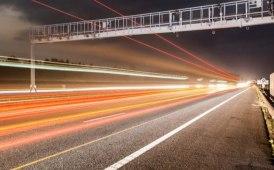 Un dossier speciale sul tema della guida autonoma e delle smart road