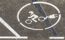 L'elettrico viaggia sempre più su 2 ruote