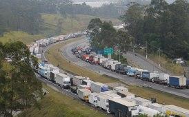 Caminhoneiros brasiliani in sciopero