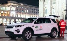 Una piccola flotta Land Rover a supporto dei droni di Croce Rossa Italiana
