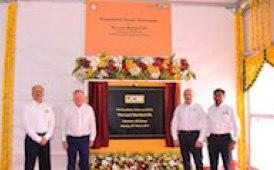 JCB fabbricherà componenti in India