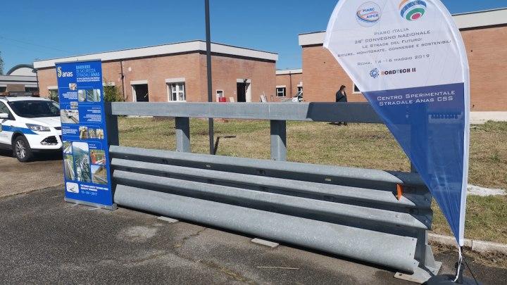 Barriera Anas con dispositivo salvamotociclisti a Cesano
